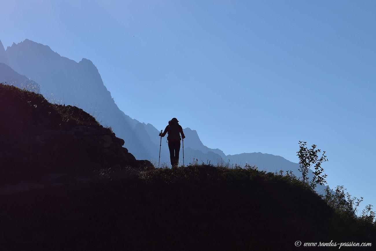 Le sentier du refuge du Glacier Blanc