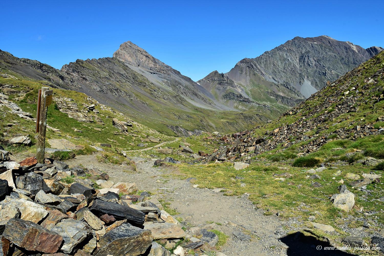 Pic des Aiguillous et Campbielh depuis la Hourquette de Chermentas - Hautes-Pyrénées