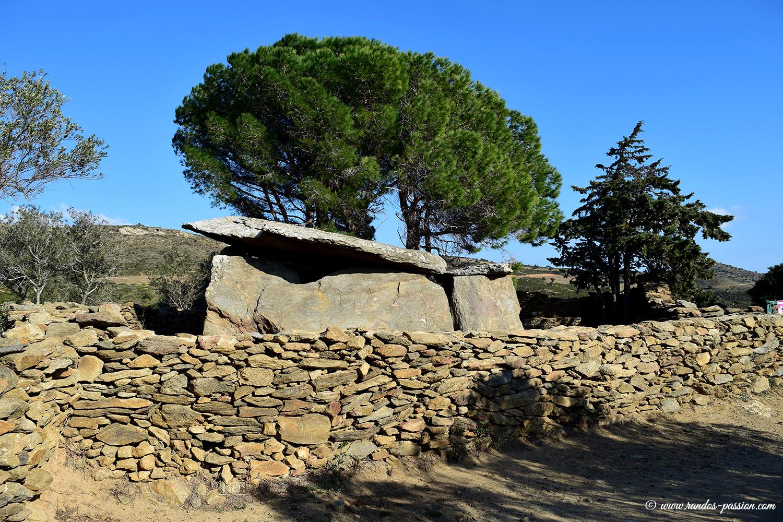 Le dolmen de la Creu d'en Cobertella - Catalogne