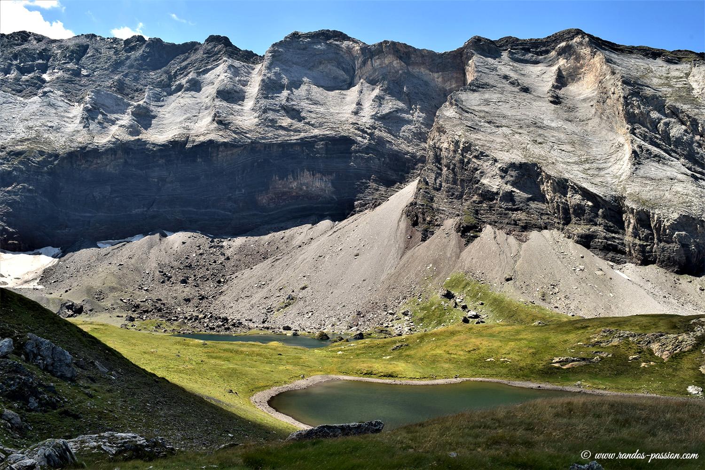 Lacs et muraille de Barroude - Hautes-Pyrénées