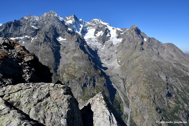 Vue du col de Laurichard - Hautes-Alpes- Massif des Ecrins