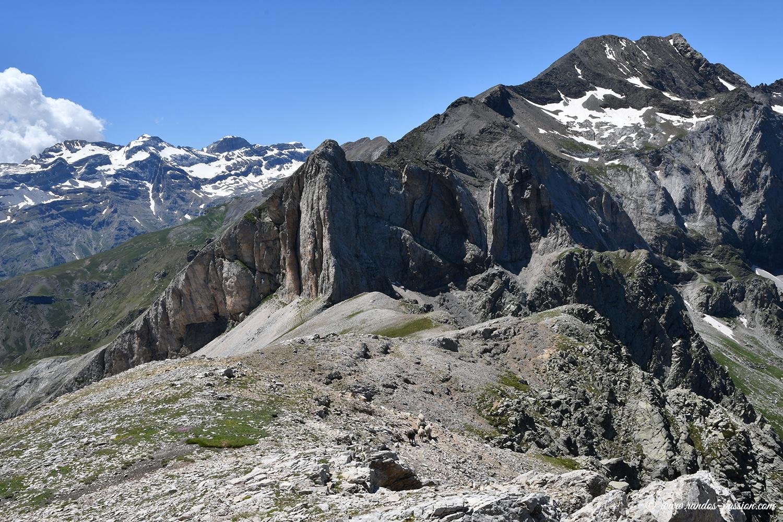Le massif du Mont Perdu et Punta d'Espluca Ruego - Aragon