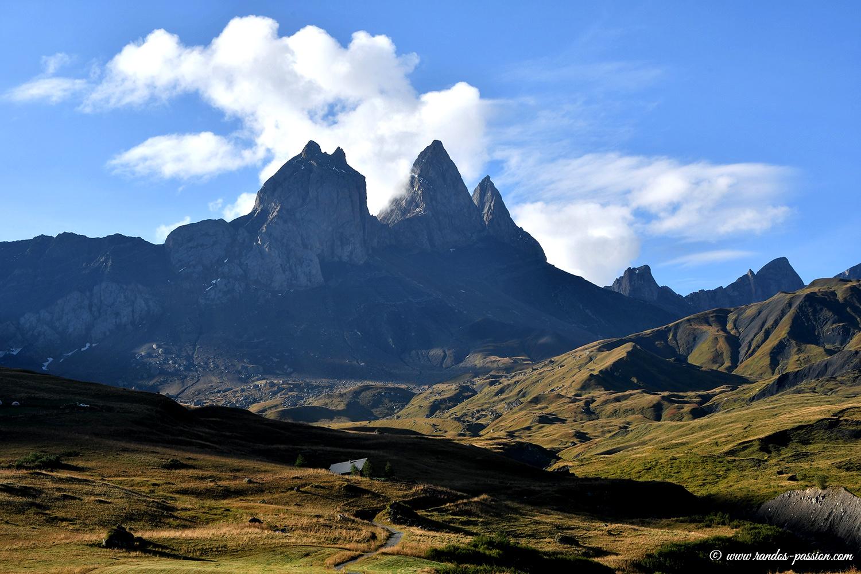 Randonnée au pied des Aiguilles d'Arves - Massif des Arves