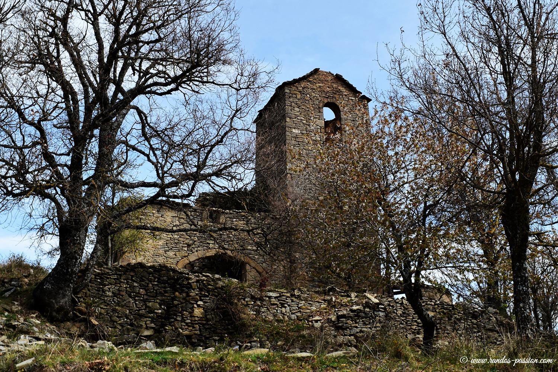 L'église d'Otín, village abandonné en Sierra de Guara
