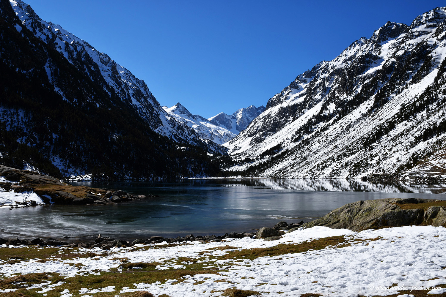 Le lac de Gaube et la face Nord du Vignemale