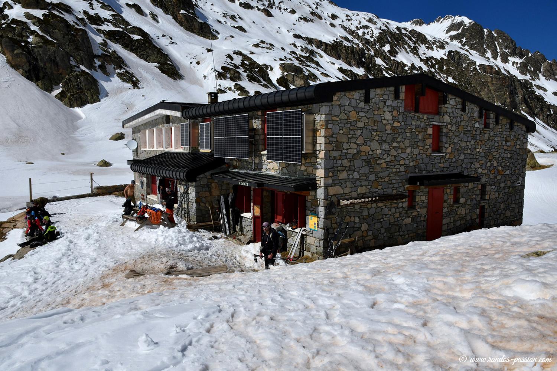 Refuge des Oulettes de Gaube en hiver