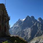 Le refuge du Glacier Blanc et le Pelvoux
