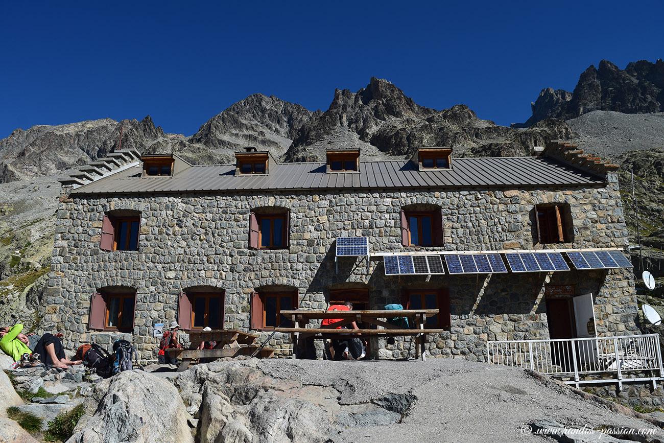 Le refuge du Glacier Blanc