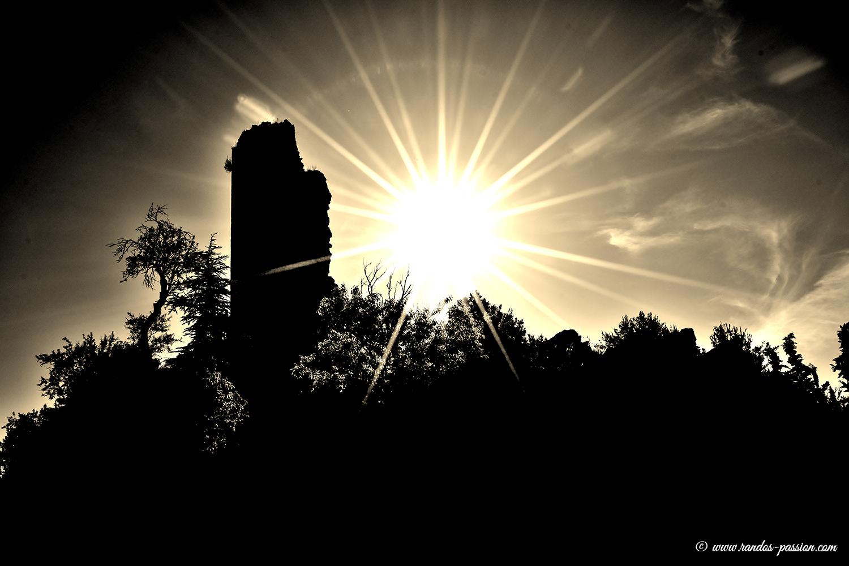 La tour de guet du XI siécle de Torreciudad