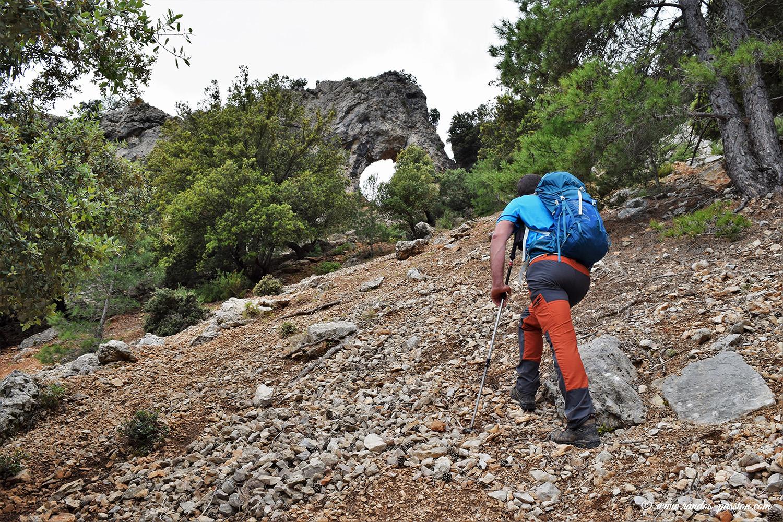 Les Roques de Benet-Parc Naturel des Ports