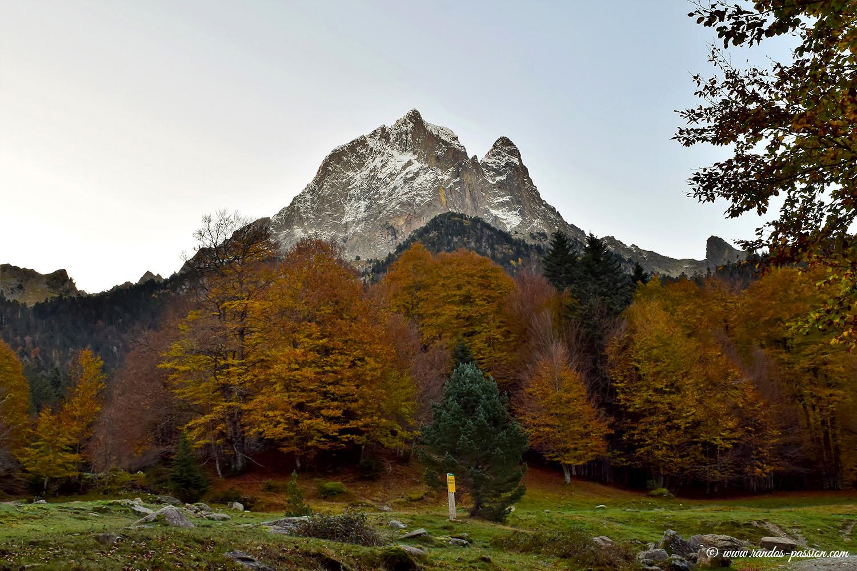 Le pic du Midi d'Ossau vu depuis Bious Artigues
