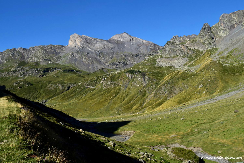 Pic des Aiguillous et vallée du Badet - Hautes-Pyrénées