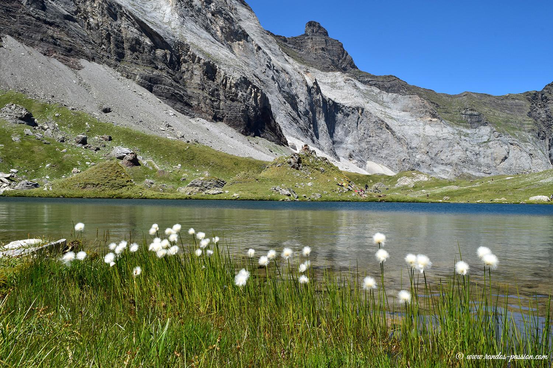 Les lacs de Barroude et le pic de Gerbats