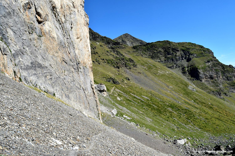 Sentier entre la Hourquette de Chermentas et Barroude - Hautes-Pyrénées