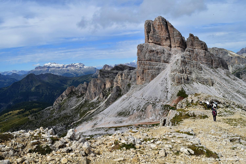 Le panorama depuis le refuge Nuvolau - Le pic Averau - Dolomites