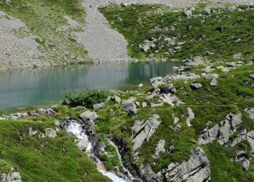 Les lacs de Cestrède et d'Antarrouyes
