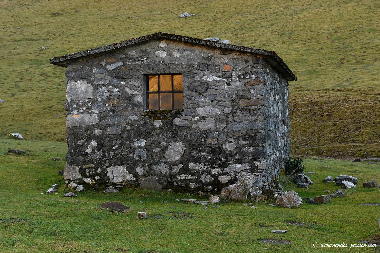 Cabane du Casque du Lhéris