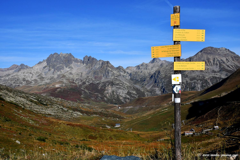 Les aiguilles de l'Argentière depuis le col de la Croix de Fer - Savoie